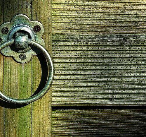 """""""Siehe, ich stehe vor der Tür ..."""""""