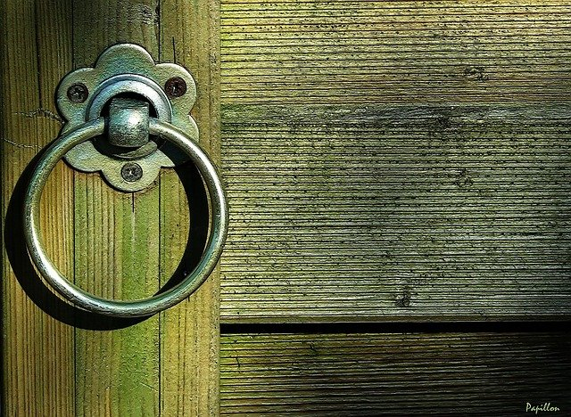 """""""Siehe, ich stehe vor der Tür …"""""""